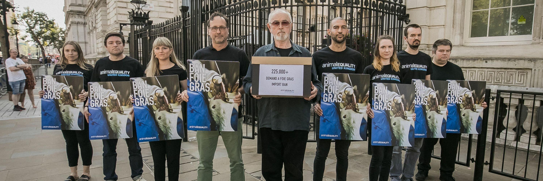 Protesto contra o foie gras no Reino Unido